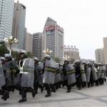 2013-06-30T111225Z_1_CBRE95T0V4V00_RTROPTP_2_CHINA-XINJIANG-UNREST-150x150 İşgalçi Çin Doğu Türkistana Çok Sayıda asker sevk etti.