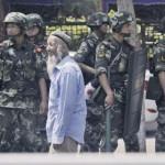 2013-06-30T115027Z_1_CDEE95T0WW700_RTROPTP_2_CHINA-XINJIANG-UNREST-150x150 İşgalçi Çin Doğu Türkistana Çok Sayıda asker sevk etti.