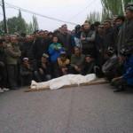 1920528_687833687941200_2470002606698591789_n2-150x150 Yenişafak: Uygur gencini kırmızı ışıkta katlettiler