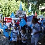 Urumchi-qirghinchiliqining-5-yili-istanbulda-namayish-otkuzuldi-006-150x150 İstanbul'da Doğu Türkistan İçin Eylem (Görüntülü)