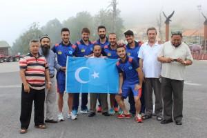 11222603_898683413532917_4966350491637288981_o-300x200 7.dönem Dünya Doğu Türkistanlılar kardeşlik buluşması
