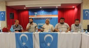 11888160_898686736865918_5988304819003745403_o-300x163 7.dönem Dünya Doğu Türkistanlılar kardeşlik buluşması