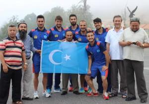 11893859_898683396866252_5977752169401192598_o-300x209 7.dönem Dünya Doğu Türkistanlılar kardeşlik buluşması