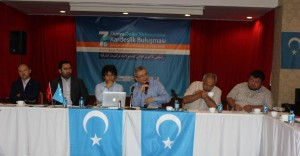 11947904_898685940199331_8180000685433114551_o-300x156 7.dönem Dünya Doğu Türkistanlılar kardeşlik buluşması