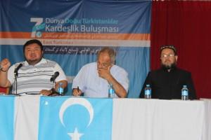 11951483_898682546866337_5234942575264542521_o-300x200 7.dönem Dünya Doğu Türkistanlılar kardeşlik buluşması