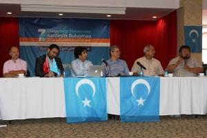11958101_898686283532630_1888310568313595369_o-300x200 7.dönem Dünya Doğu Türkistanlılar kardeşlik buluşması