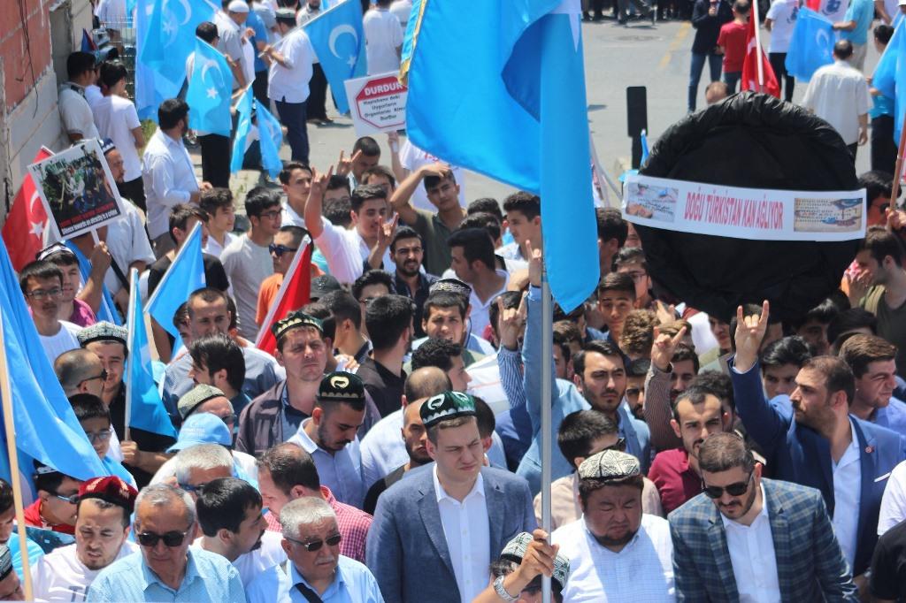 IMG_5445 9. yılında 5 Temmuz Urumçi Katliamı protesto ve basın açıklaması
