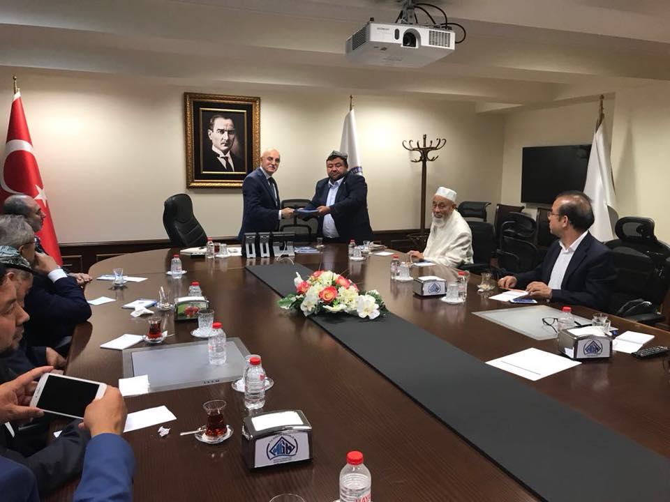38693260_682421135458859_6103419943779303424_n Doğu Türkistan STKlar birliği heyeti İçişler bakanını ziyaret etti