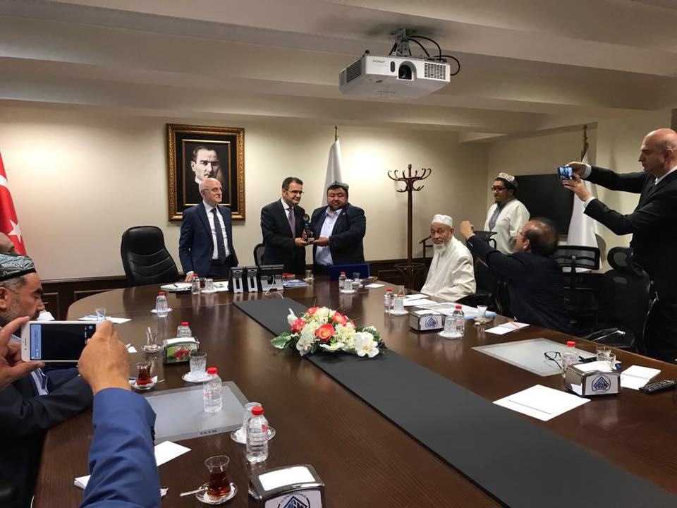38841208_682420908792215_1293525071586918400_n Doğu Türkistan STKlar birliği heyeti İçişler bakanını ziyaret etti