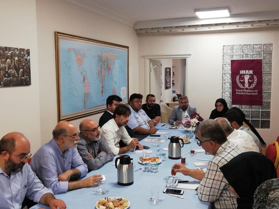 42266810_715083568859282_2212710139503312896_n Genel Başkanımız Hidayet Oğuzhan İstişare toplantıda Doğu Türkistan meselesini anlattı