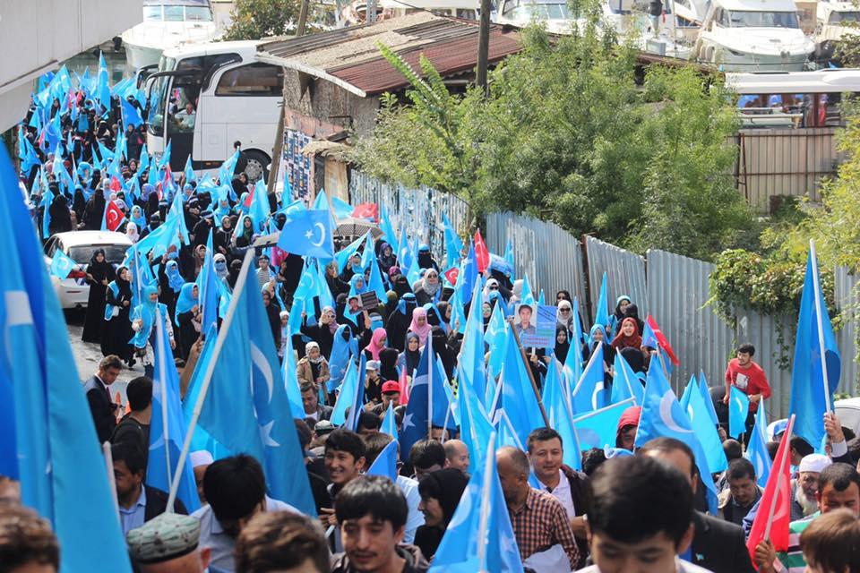 IMG_0079 Çin İşgalinin 69.yıl dönemi dolaysıyla Çin konsolosluğu önünde protesto yapıldı