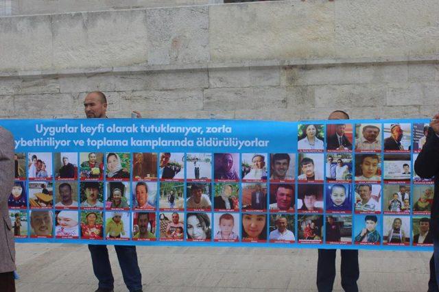 45743115_1933987900002458_3387622366291951616_n-1-640x426 Çin'in Doğu Türkistan'da Uygur Türkleri'ne uyguladığı baskıya tepki amacıyla protesto ve yürüyüş
