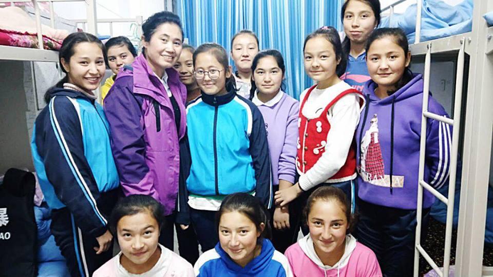 46154453_492307414608522_1986393778507743232_n Çin Uygur çocuklarını ailelerinden koparıp devlet yetimhanelerine yerleştirmeye zorluyor
