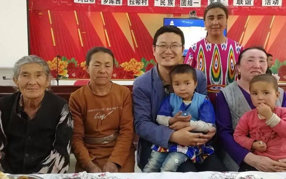 46199120_492307801275150_7993649842616270848_n Çin Uygur çocuklarını ailelerinden koparıp devlet yetimhanelerine yerleştirmeye zorluyor