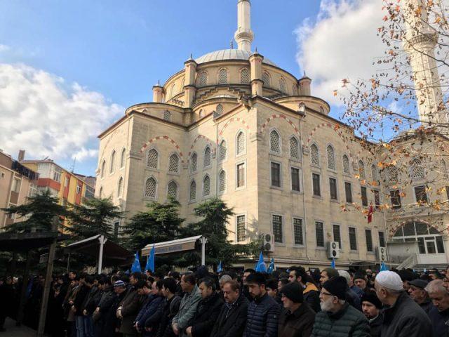 47571326_758142607886711_246419148698025984_n-640x480 Doğu Türkistanlı alim için gıyabi cenaze namazı