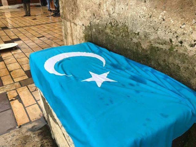 47572390_1977198512368860_6101275595457429504_n-640x480 Doğu Türkistanlı alim için gıyabi cenaze namazı