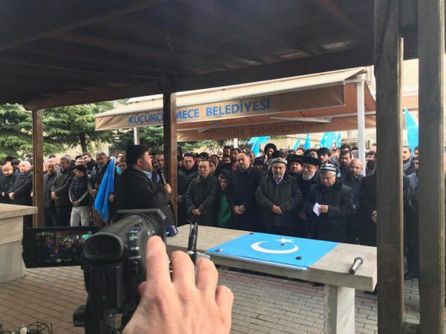 47572696_758142351220070_969421779959283712_n-1-640x480 Doğu Türkistanlı alim için gıyabi cenaze namazı