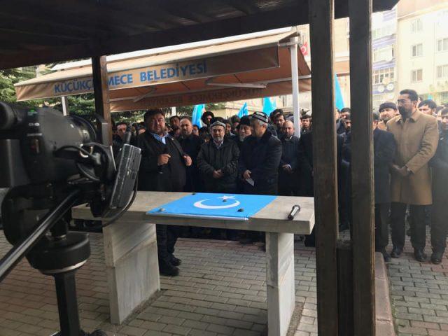47576717_758142481220057_7246018266856947712_n-640x480 Doğu Türkistanlı alim için gıyabi cenaze namazı
