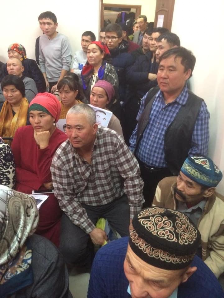 48987101_2008192832569842_8023044577315258368_n Çin Kırgız ve Kazak azınlığı da toplama kamplarına gönderiyor