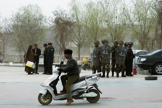 """808x539_cmsv2_0fe93dcf-8597-5417-b50d-a9aab2e1fa60-3462920-640x427 Uygurlara """"Çin işkencesi"""": Doğu Türkistan'da neler oluyor?"""