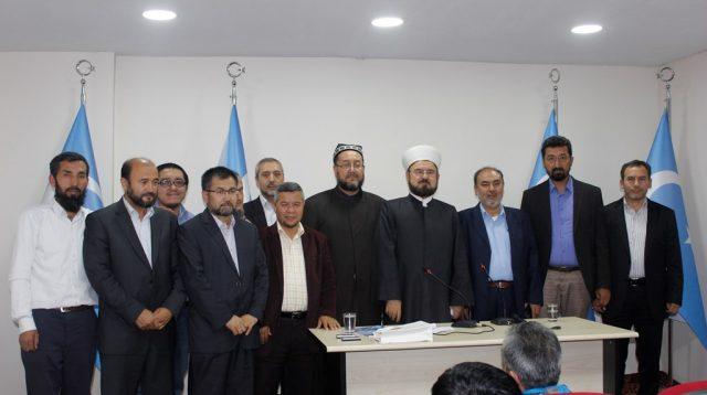 Dunya-Musulman-Alimlar-birliki-bash-katipi-Dr-Ali-Karadaghi-Uyghurlar-bilen-sozde-tarih-2016-yili-10-03-Istanbul-640x358 Çin mezâlimi ve Dünya Müslüman Âlimler Birliği