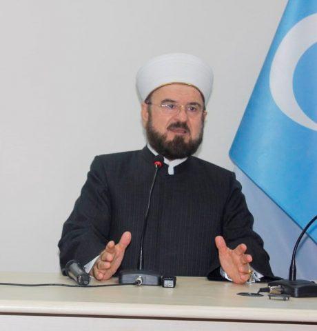 Dunya-Musulman-Alimlar-birliki-bash-katipi-Dr-Ali-Karadaghi-Uyghurlar-toghrisida-sozde-tarih-2016-yili-10-03-Istanbul-460x480 Çin mezâlimi ve Dünya Müslüman Âlimler Birliği