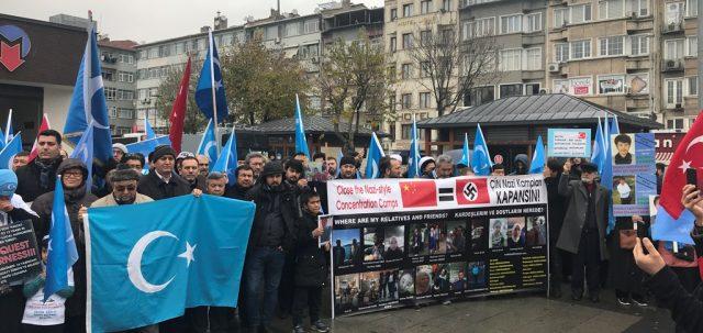 IMG_4887-640x303 Çin'in Doğu Türkistan politikalarına tepkiler