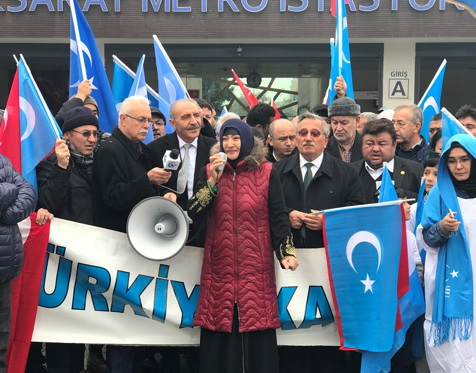 IMG_4923 Çin'in Doğu Türkistan politikalarına tepkiler