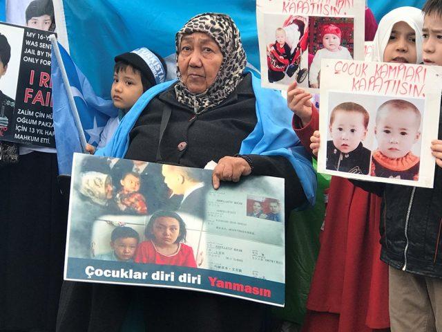 IMG_4947-640x480 Çin'in Doğu Türkistan politikalarına tepkiler