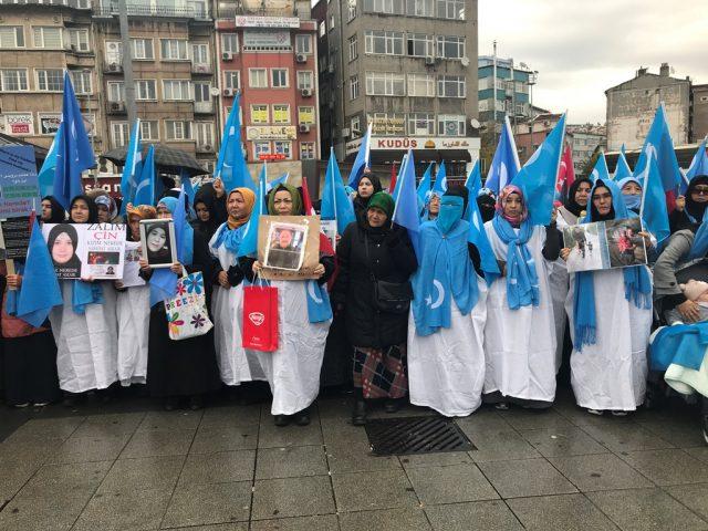 IMG_4964-640x480 Çin'in Doğu Türkistan politikalarına tepkiler