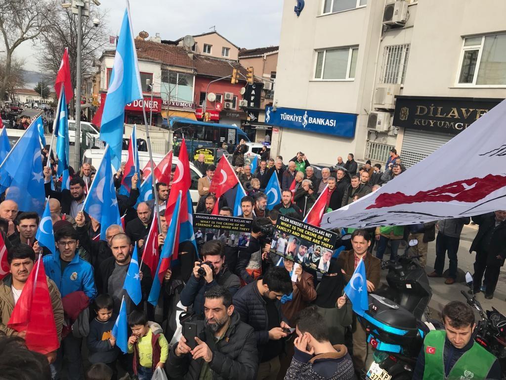 5-1024x768 Çin Devleti'nin asimilasyon politikalarına maruz kalan Doğu Türkistan için Beykoz halkı öfkülendi