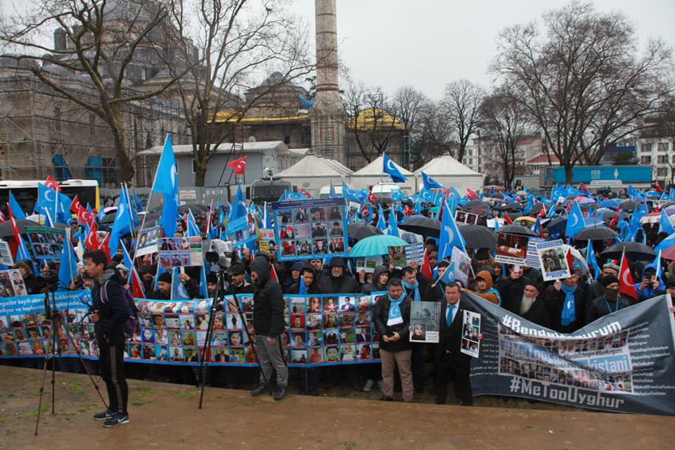 52605577_2127682700600072_5394814292002340864_n Çin'in Doğu Türkistan'daki Zulmü İstanbul'da Protesto Edildi