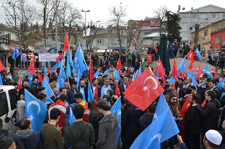 galeri_cin_zulmu_beykoz_-10_ps-2gV_Oei Çin Devleti'nin asimilasyon politikalarına maruz kalan Doğu Türkistan için Beykoz halkı öfkülendi