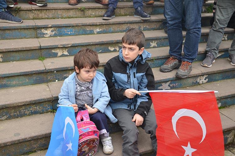 galeri_cin_zulmu_beykoz_-4_sr4sewUPOX Çin Devleti'nin asimilasyon politikalarına maruz kalan Doğu Türkistan için Beykoz halkı öfkülendi