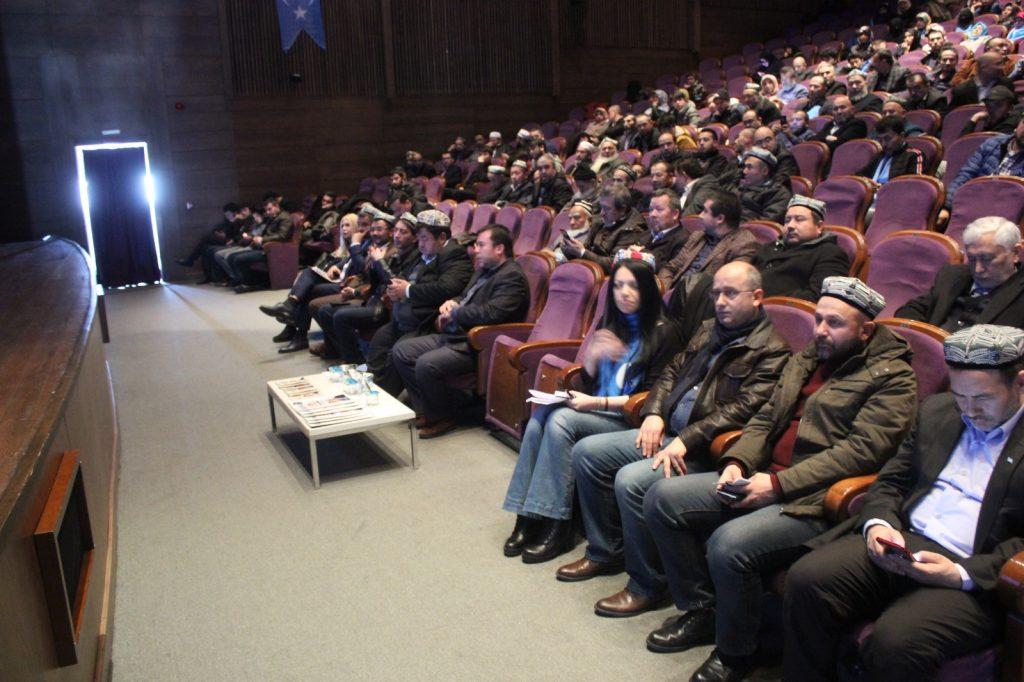 9X3G2N0N-1024x682 Gazetecilerin Gözünden Doğu Türkistan Meselesi