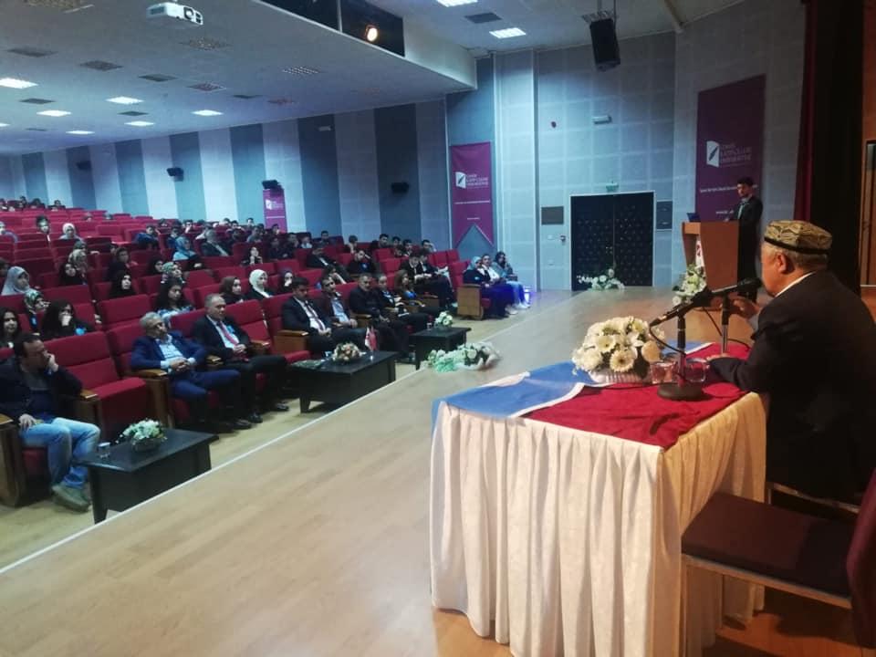 57121023_10218297375924468_1905751219154976768_n İzmir'de Kanayan yaramız Doğu Türkistan konulu Konferans düzenlendi