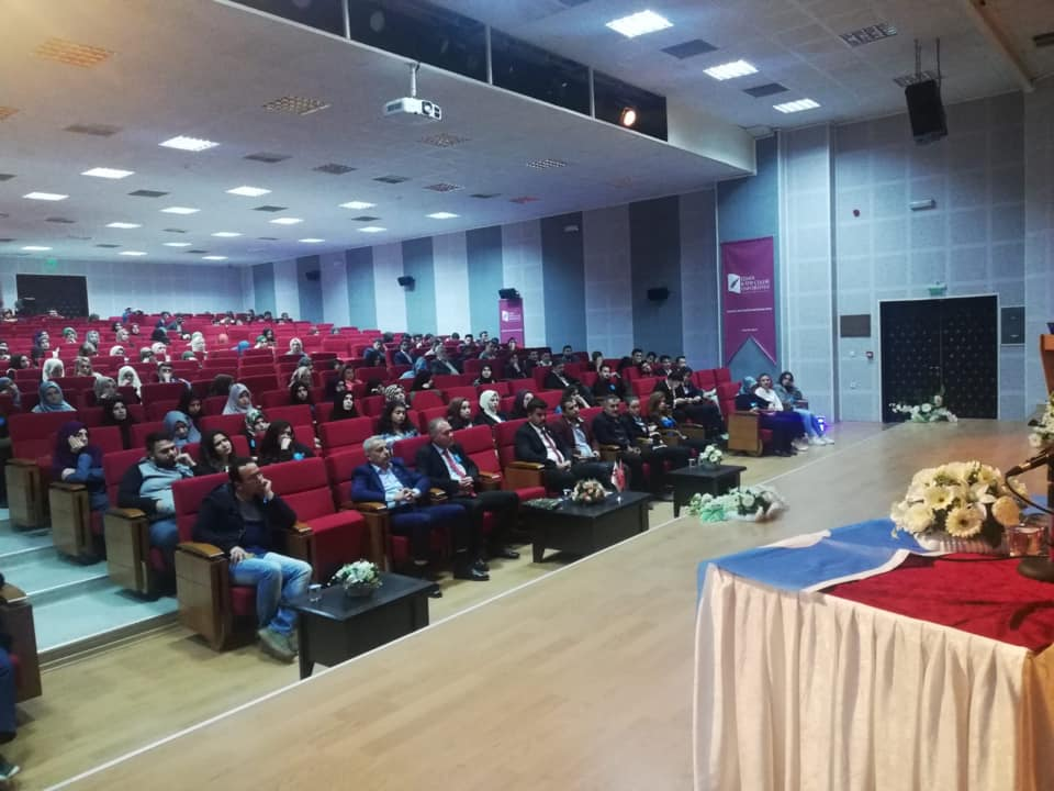 57196039_10218297374844441_7478574669872758784_n İzmir'de Kanayan yaramız Doğu Türkistan konulu Konferans düzenlendi