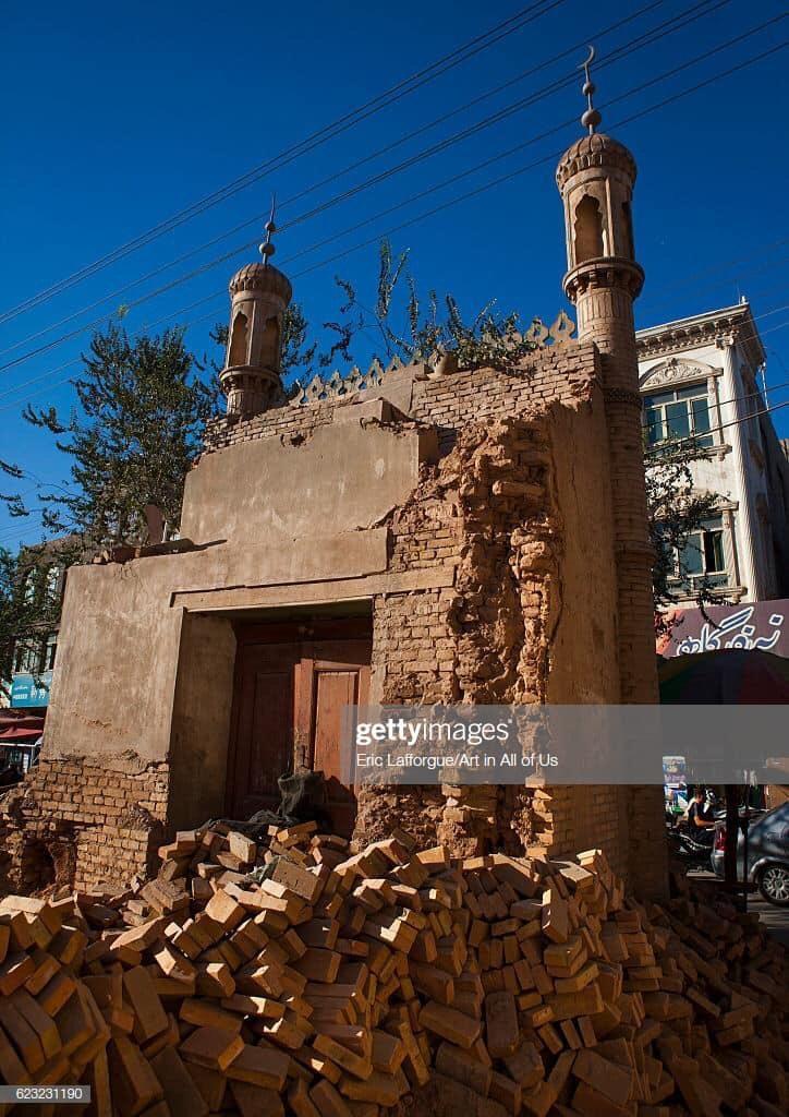 WhatsApp-Image-2019-05-04-at-18.07.18-724x1024 Çin, Doğu Türkistan'daki camileri yıkıyor!