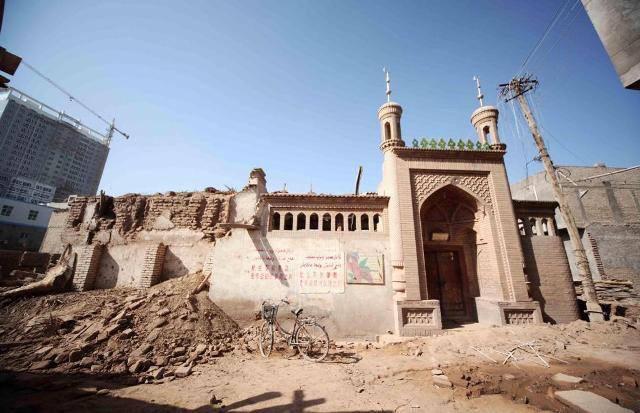 WhatsApp-Image-2019-05-04-at-18.07.23 Çin, Doğu Türkistan'daki camileri yıkıyor!