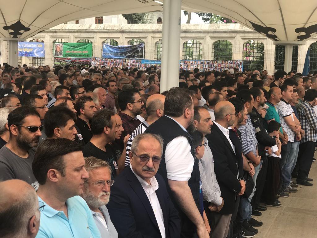 WhatsApp-Image-2019-06-21-at-15.15.54-6-1024x768 Doğu Türkistanlı yazar için gıyabi cenaze namazı kılındı
