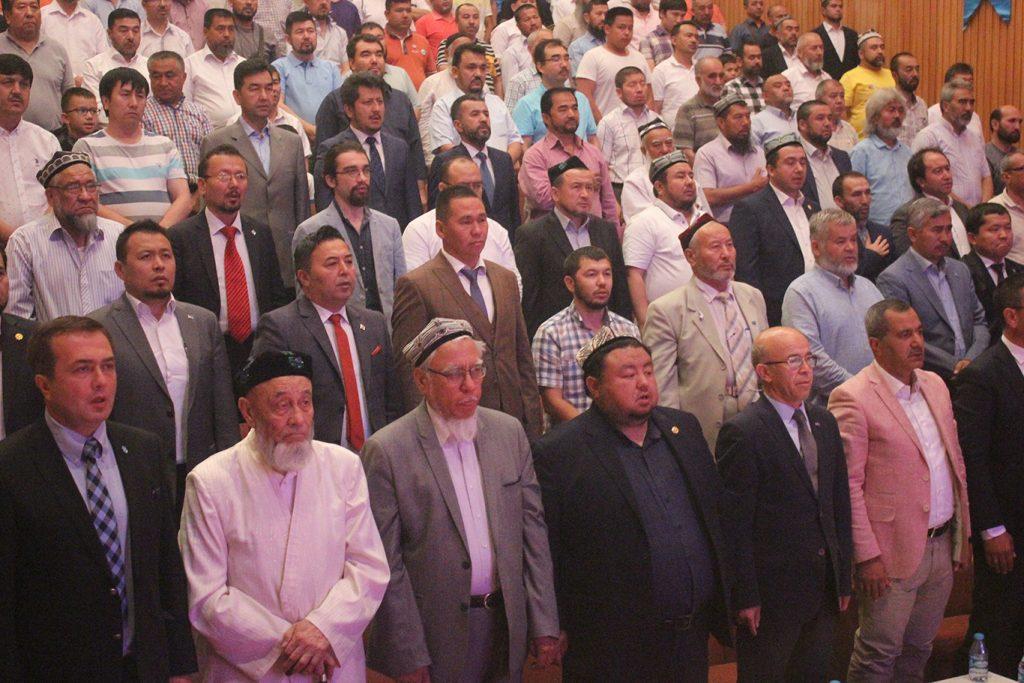 qerindashliq-yighinng-echilish-murasimidin-kurunushler-2019-7-15-00-1024x683 Hidayet Oğuzhan'ın 11.Dünya Doğu Türkistan Kardeşlik Buluşması açılış konuşması