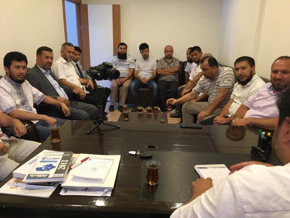 67869159_907239562977014_6793299688469561344_n İstanbul'daki Gulca Meşref Topluluğunun heyeti Derneğimizi ziyaret etti