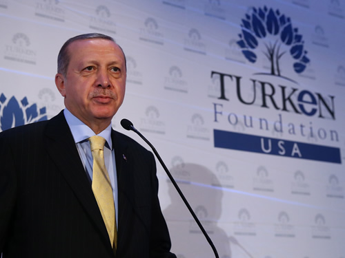 2017-09-21-turken Erdoğan'a New York'ta Doğu Türkistan sorusu: