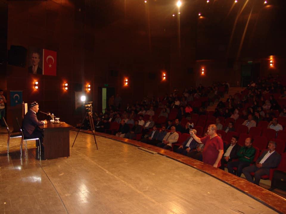 "72769251_10219838985903754_2540246694843383808_n İHH ""Doğu Türkistan"" Konferansı Düzenledi"