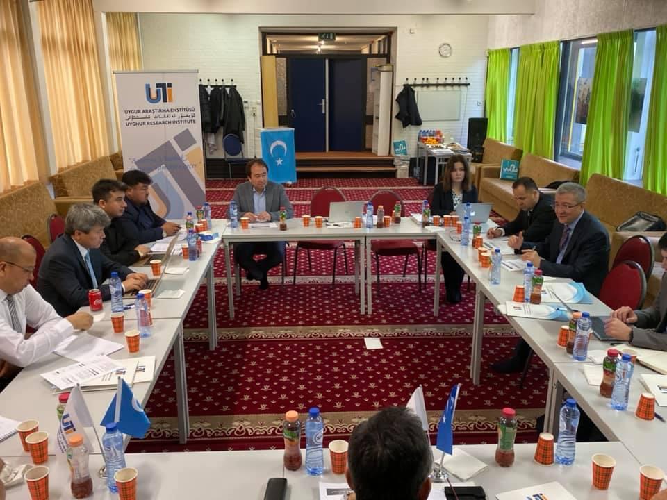 74703569_984716398562663_1226398404947476480_n Hollanda'da 4. Doğu Türkistan Stratejik Müzakereler Toplantısı başladı