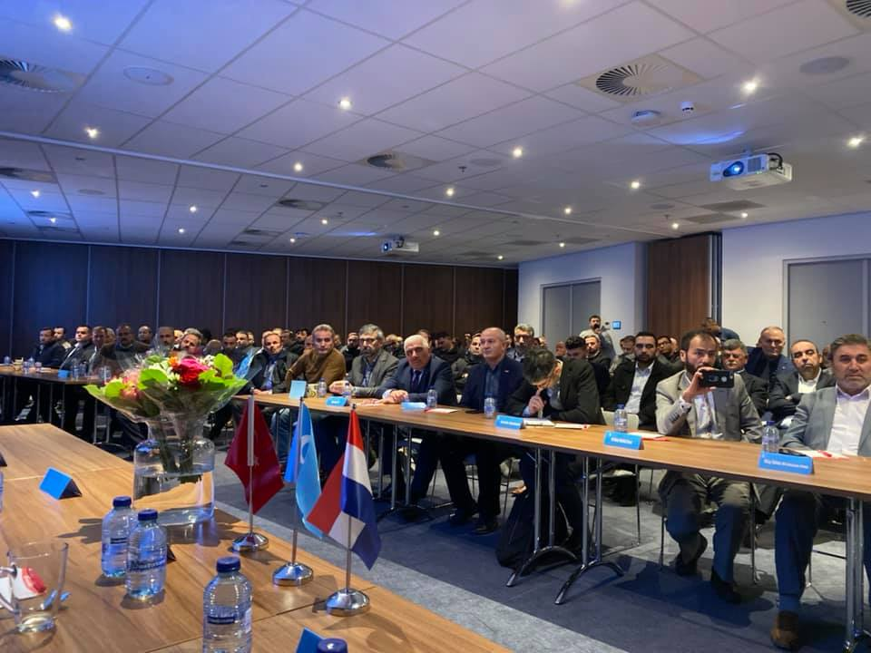 75340990_984931881874448_5867390973805330432_n Amsterdam'da Doğu Türkistan Konferansı Düzenlendi.