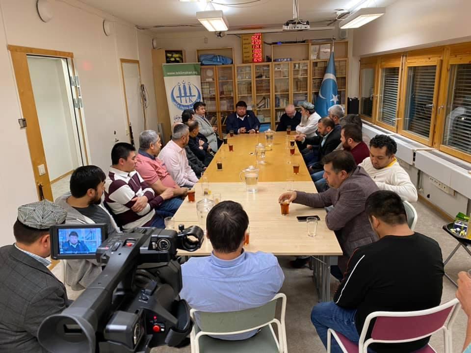 76914704_989918114709158_1596847696528801792_n-2 Dernek Başkanımız Hidayet Oğuzhan İsveçtek Uygurları ziyaret etti