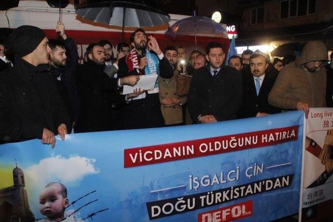 3056DD74-5F38-444E-B677-D149DDAF7BD3 İstanbulda Doğu Türkistan eylemi