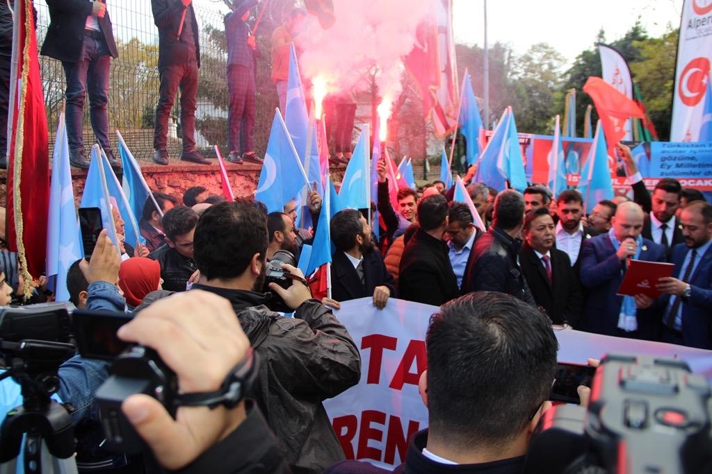 65D37FF8-A648-4480-986C-87974A52C5C5 Alperen Ocakları Çin'in İstanbul konsolosluğu önünde protesto ve basın açıklaması