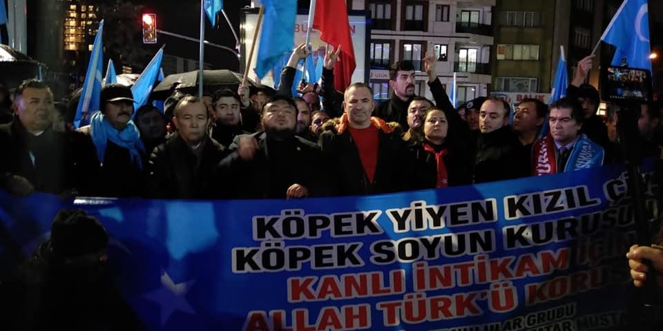 80389488_2682642528437417_7882773896070430720_n Zeytinburnunda Doğu Türksitan yürüyüşü gerçekleşti